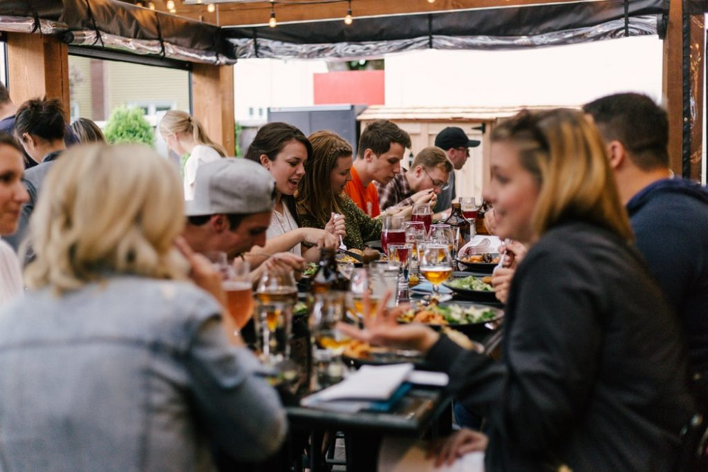 Unique Etiquette of Eating In Various Countries