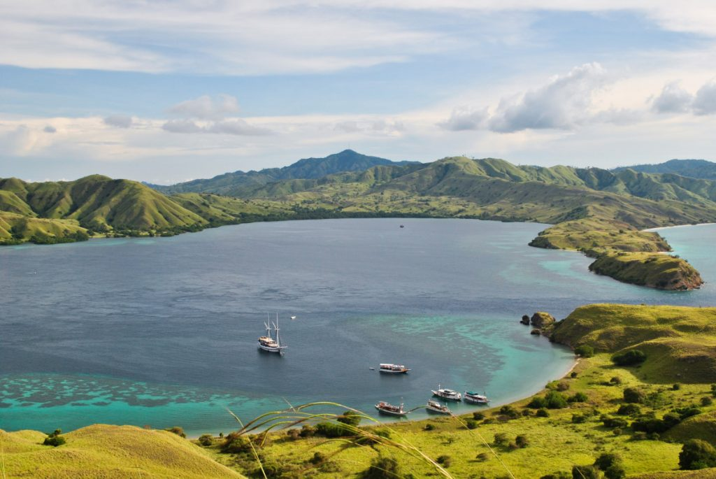 Komodo National Park, How To Get There